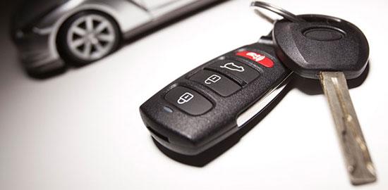 10 méthodes qui peuvent vous aider à ouvrir la voiture si vous avez verrouillé vos clés à l'intérieur