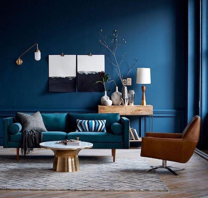 Le bleu classique, couleur Pantone 2020