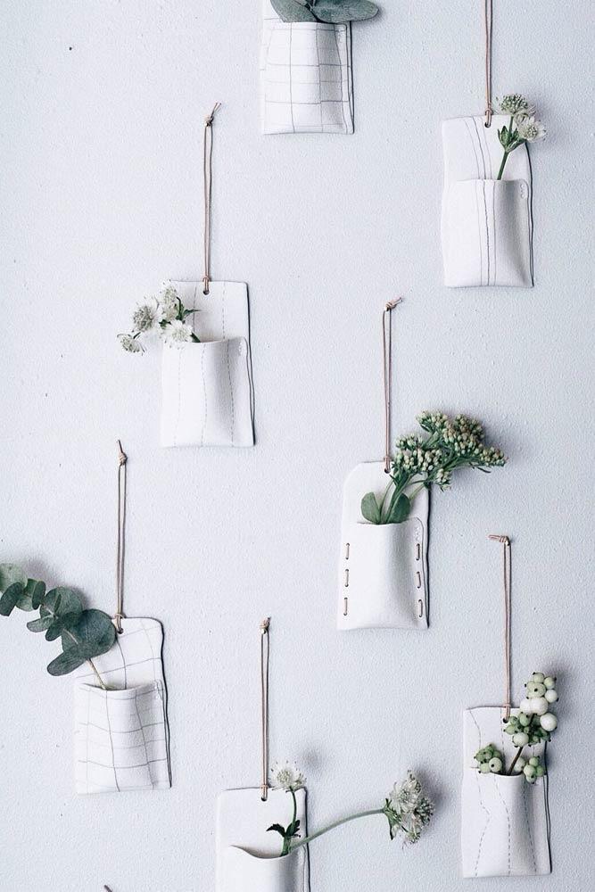 Petits pots de jardinières murales en céramique
