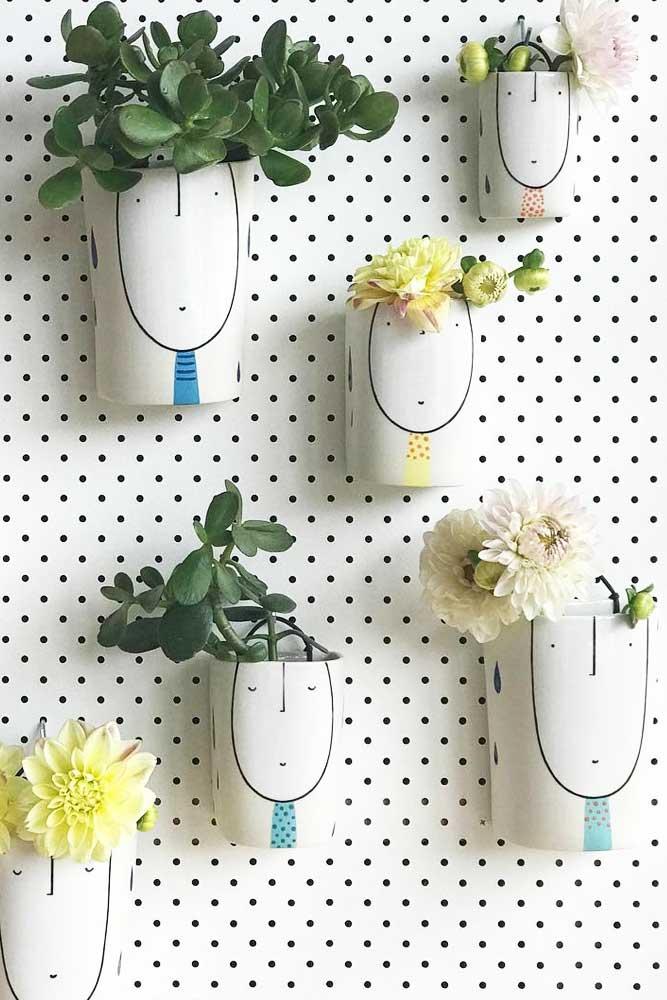 Pots de plantes murales peintes amusantes